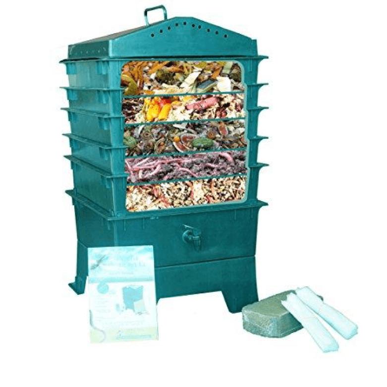 Vermihut worm composter in dark green
